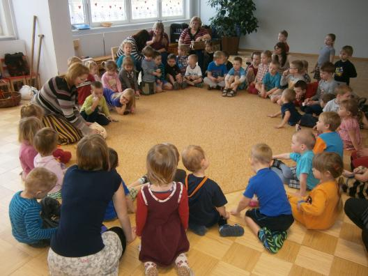 """Vastlaprogramm """"Vastel valge poisikene"""" Luunja Lasteaias 21.02.2012"""